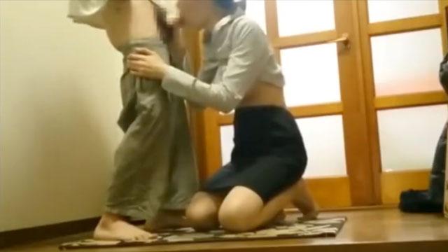 【盗撮】熟年生保レディの生々し過ぎる枕営業映像が流出www
