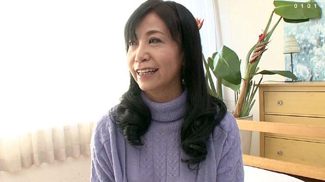 50歳、専業主婦がAVデビュー!ご無沙汰エッチでメス顔に! 戸澤佳子