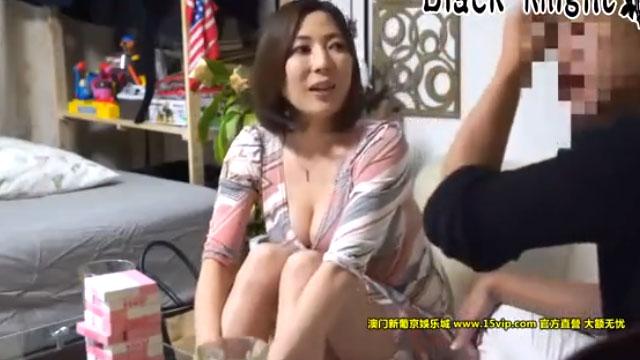 【人妻ナンパ】「そんなつもりじゃ(キター!)」イケメンの誘いに完全にメス顔w