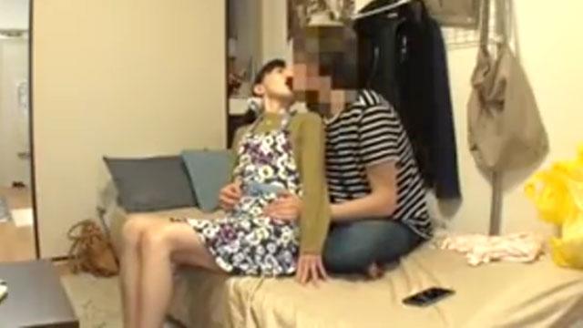【盗撮】おばさんレンタルでデリバリーした熟女を口説いて中出しセックス!