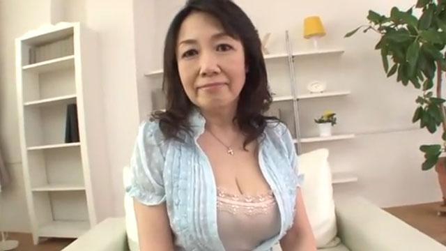 【高城紗香】巨乳還暦熟女、初撮りAVデビューしてしまう