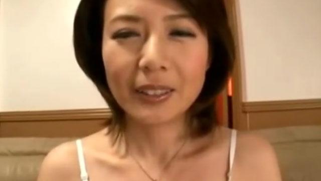 【三浦理恵子】四十路熟女オナニー、電マとバイブでガチイキアクメw