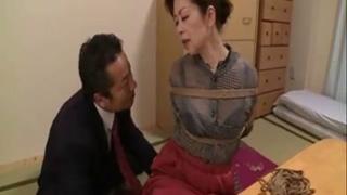 山本遥 孫のリストラ回避のために部長の肉棒を受け入れる六十路熟女