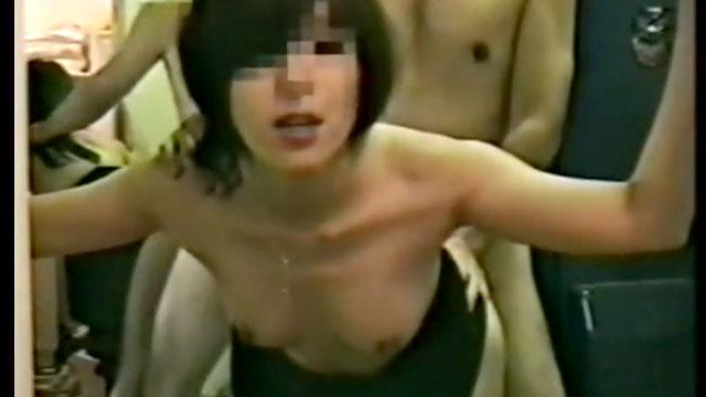 【個人撮影】「チンポ欲しい…」夫を裏切り不倫棒を求める不貞妻!