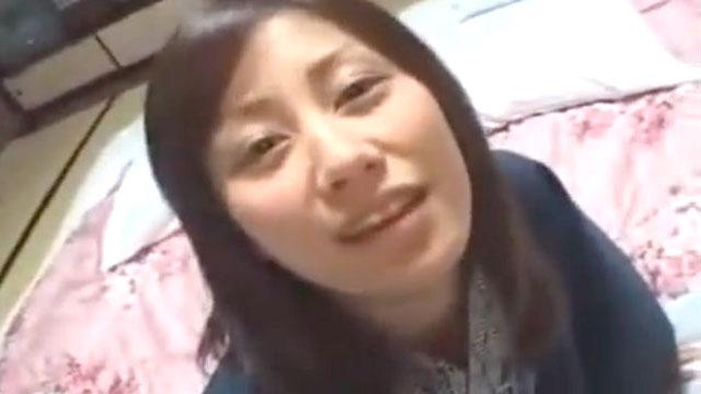 【個人撮影】夫にも見せた事のないようなメスの顔で他人棒を求める不倫妻ww