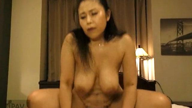 http://jyukujyo-eromovie.com/wp-content/uploads/43738041.jpg