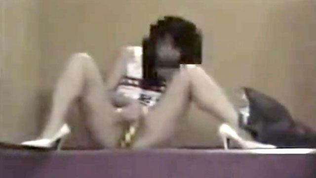 【個人撮影】スキモノ露出狂女の生々し過ぎる映像が流出!