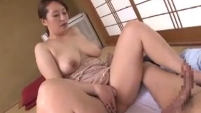 菅野美幸 出張マッサージのおばさんが裏メニューを提案