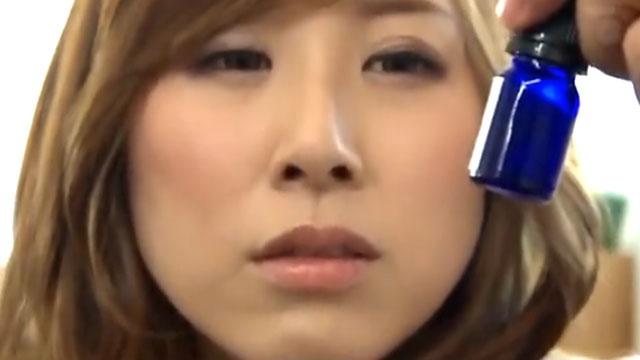 【キメセク】媚薬に溺れた人妻「チンポぉチンポいいっ!イグイグぅう!」中出し痙攣