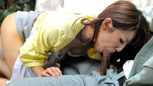 【結城みさ】寝取らせ性癖夫、妻をノーパンにして男に差し出すw