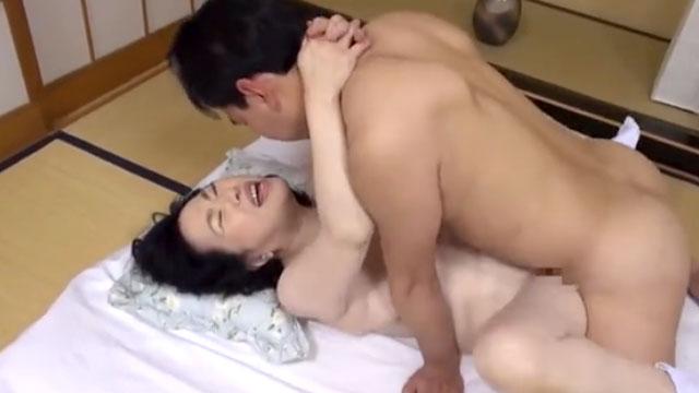 七十路熟女、AVデビューして中出しアクメしてしまう 城美香