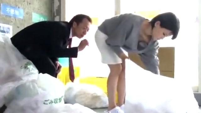 【白咲碧】若妻レイプ!ノーブラでゴミ出しした結果www