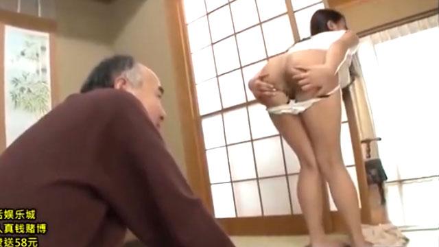 【近親相姦】「お義父さんのチンポ下さい!」絶倫義父の調教に堕ち自らケツ穴を広げるw 松本メイ