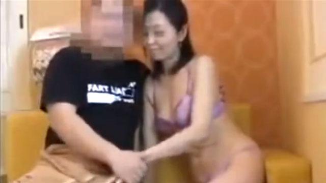 【個人撮影】素人妻のプライベート不倫映像が生々し過ぎるww