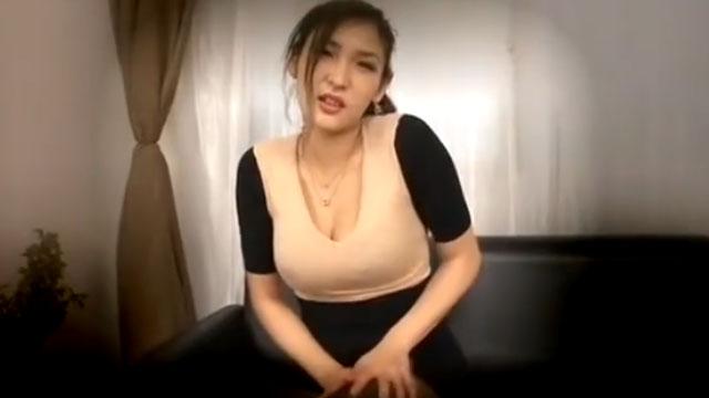 露出オナニー狂い熟女の公開自慰www