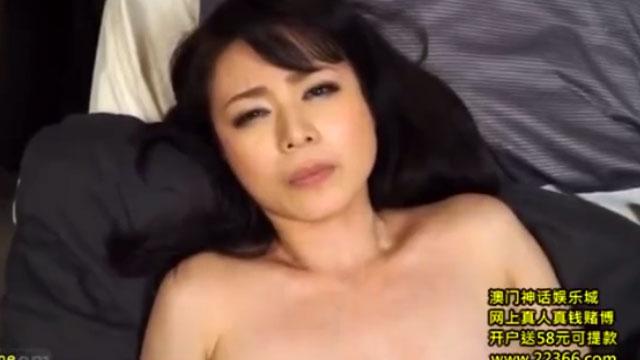 【三浦恵理子】四十路熟女、夫とのセックスでは満足出来ずに不倫セックスでアクメ昇天