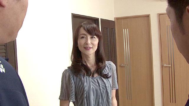 中出し!住み込み家政婦が好色主人と息子の慰み者に! 香澄麗子