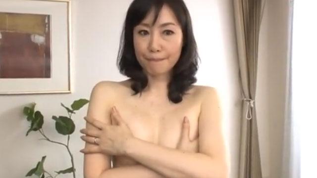 【五十路妻AV初撮り】旦那とセックスレスなんです…福田由貴