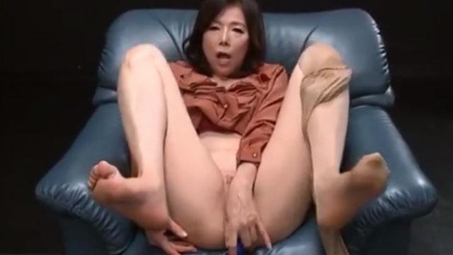 【青山愛】五十路熟女、催眠アナルを施されてケツアクメするwww