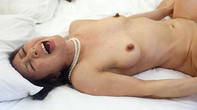 五十路熟女ナンパ、年下男のチンコで快楽堕ちした代償に無許可中出し!