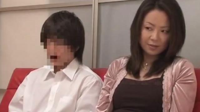 親子に近親相姦AV見せるという気まずすぎる企画www