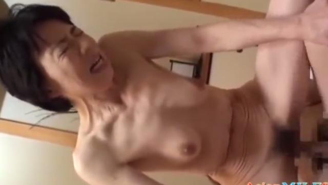田端陽子 五十路熟女がAV初出演 若い男の逞しく肉棒と激しいセックスで絶頂