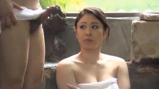 混浴温泉で勃起して「好きにして良いですよ」と呟いた結果wwww