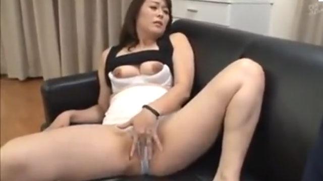 http://jyukujyo-eromovie.com/wp-content/uploads/68114341.jpg